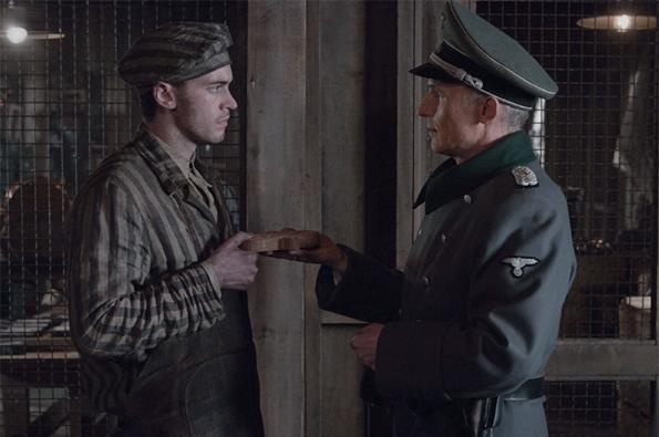Сцена в концлагере